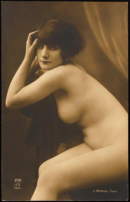 Tyto dámy rozpalovaly naše pradědečky v roce 1920