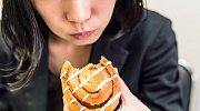 Šílené diety, které ale ženy stejně drží a strašně si ubližují