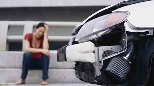 5 věcí, co se může ženám stát za volantem, a mužům se to asi nikdy nestane