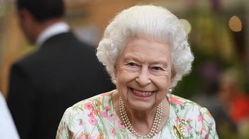 Královna Alžběta II. se potýká se zdravotními problémy.