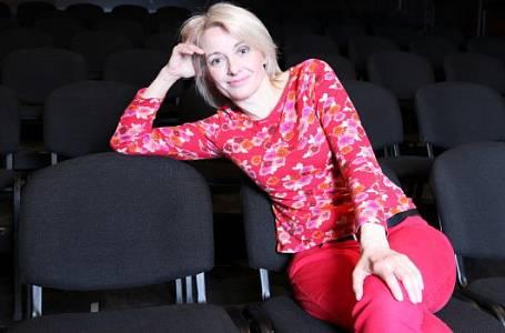 Veronika Žilková Stropnická - Když muž přijde o práci, poznamenává to rodinu