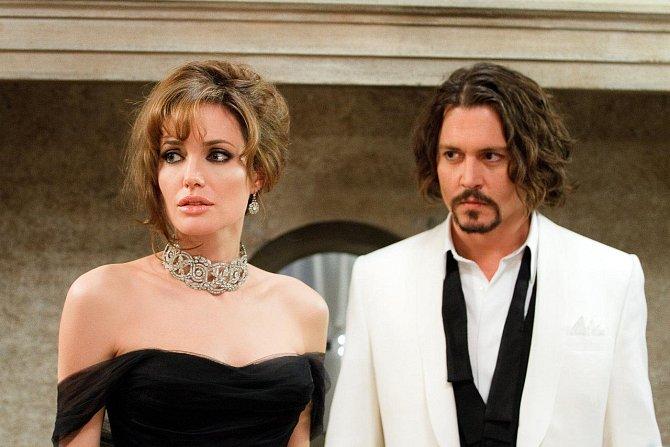 Bohyně Angelina Jolie?