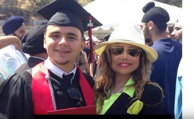 Michael Joseph s tetičkou La Toyou