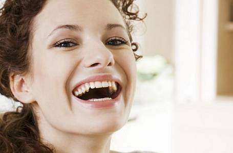 Smějte se, i když nemáte důvod. Funguje to!