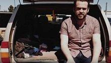 Pětadvacetiletý zaměstnanec Googlu Brandon si dal za úkol stáhnout své náklady na minimum.