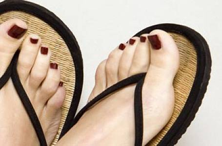 Jak mít hezké nohy do letních botiček