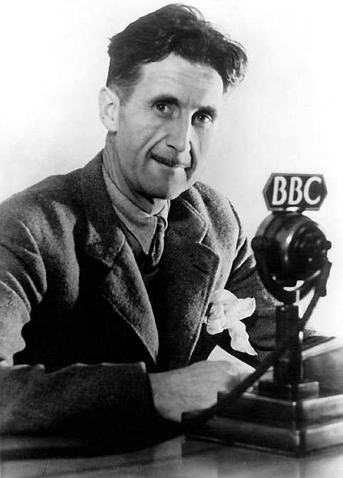 """George Orwell: """"V padesáti má každý tvář, kterou si zaslouží."""""""