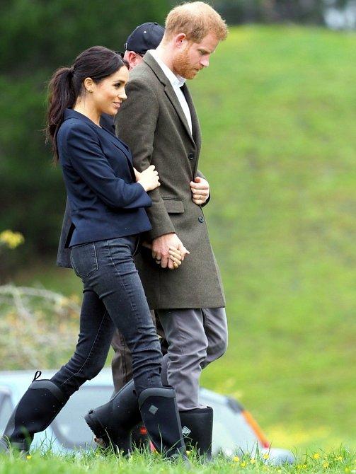 A pokud leze do bažin, vyžaduje to i vhodnou obuv :) Holiny jsou ale na Vévodkyni k vidění opravdu jen velmi výjimečně.