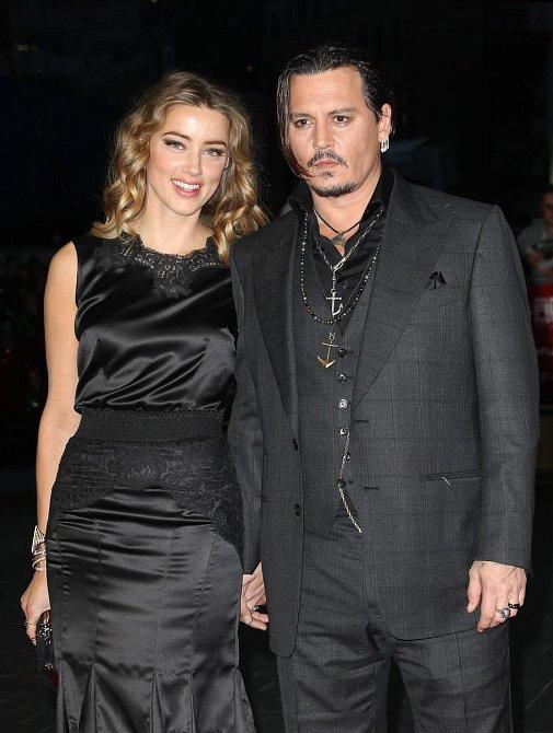 Amber Heard a Johnny Depp - The Rum Diary (Rumový deník)