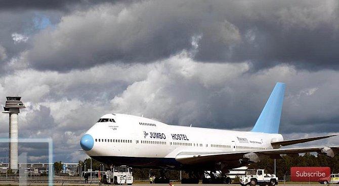 19. Hostel v letadle Jumbo - Tento obří hostel se nachází na letišti Arlanda poblíž Stockholmu ve Švédsku.