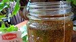 Pití zeleného čaje je v základu dobré.