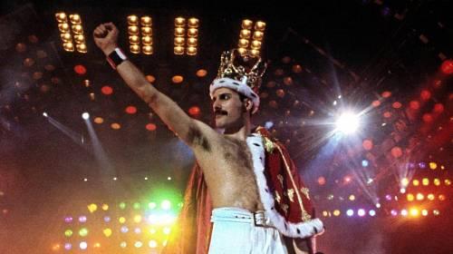 Freddie Mercury Vedel Ze Nezestarne Kafe Cz