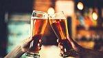 Co za jídlo si na schůzce nedávejte? Alkohol