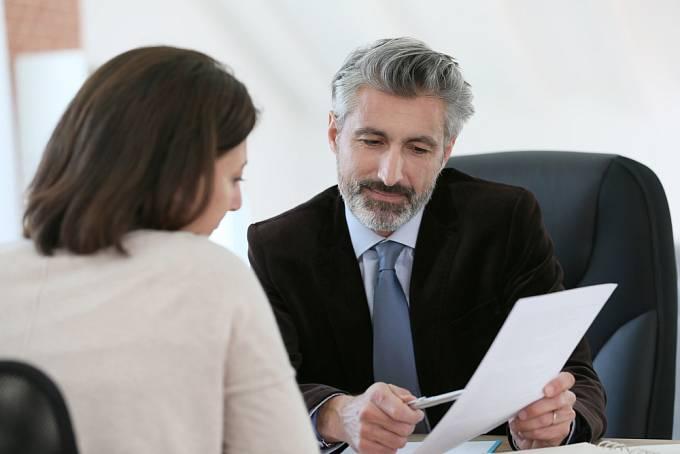 Raději si najměte právníka, který vám v boji odborně pomůže.