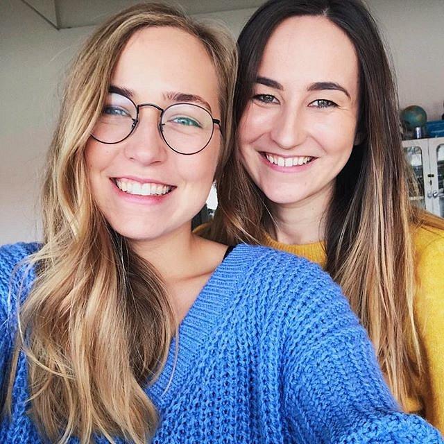 """""""A cup of style"""" - výdělek pro sesterské duo kolem 1300 dolarů měsíčně"""