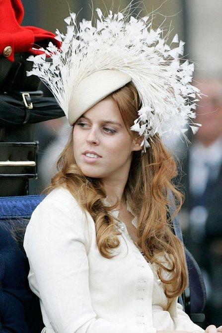 Nepřekročila princezna Beatrice hranice vkusu?
