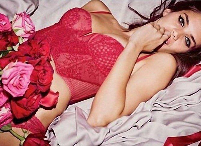 Celebrity v dráždivé rudé: A v čem budete dnešní svátek zamilovaných slavit vy?