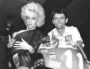 Jak šel čas s Dolly Buster?