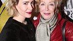 Holland Taylor a Sarah Paulson jsou obě herečky.