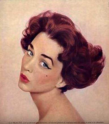 Dorian Leigh - Dorian měřila pouhých 165 cm a také si zakládala na tom, že nikdy neuváděla své míry. Dorian byla jednou z prvních profesionálních modelek. Byla známá v Americe i Evropě.