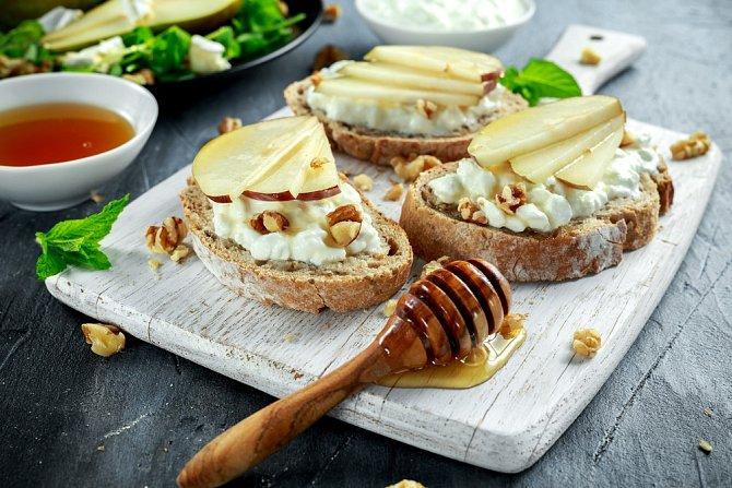 Kombinace se sýrem a medem je vynikající.