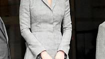 Kate vždy dbá o to, aby byla perfektně oblečená.