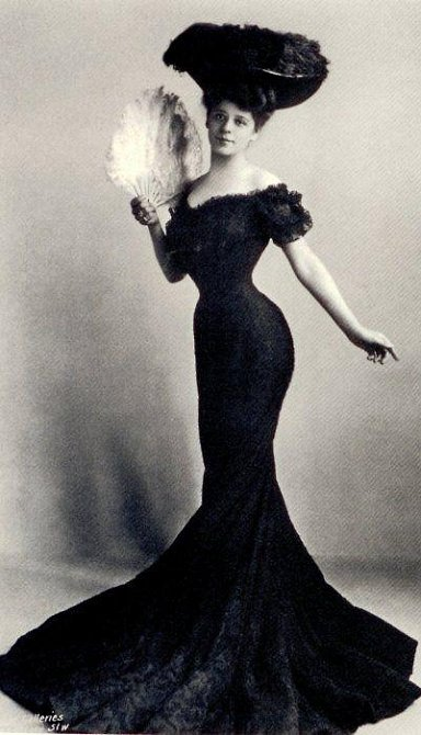 1910 - Camille Clifford