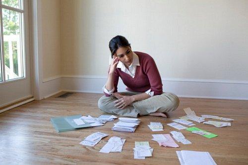 Vaše finance: Víte, co si teď může dovolit exekutor?