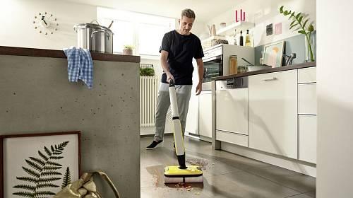 Úklid podlahy – nový trend podlahová myčka Kärcher FC 7
