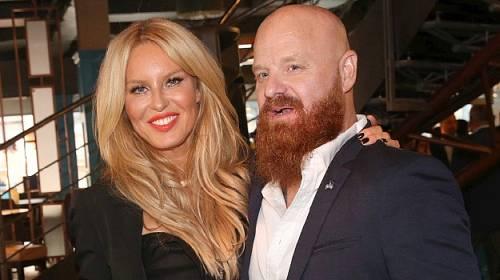 Simona Krainová s manželem