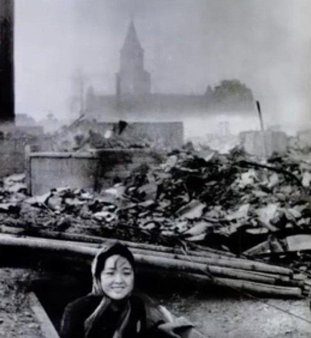 Jedna z mála, co přežila Nagasiki bombový útok