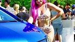 Ariel na hudebním festivalu.