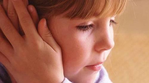 Jak na odstálé uši? Operace odstálých boltců