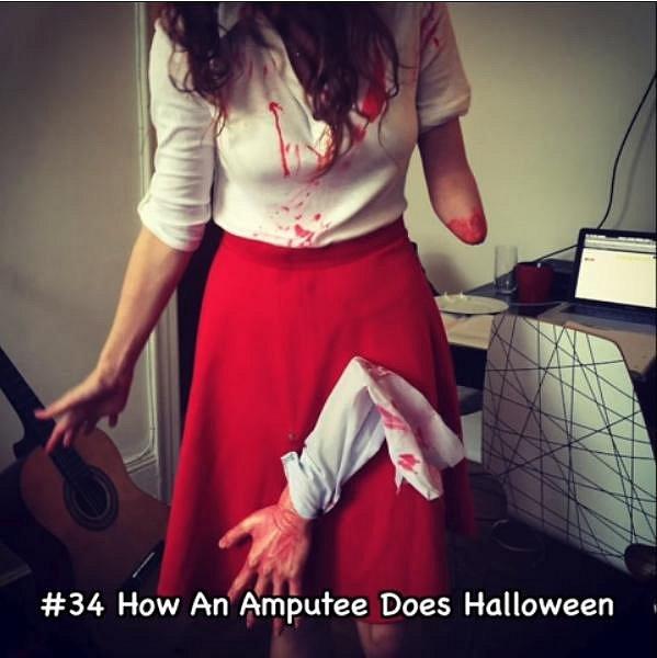 I takhle se dá využít amputace ruky během Halloweenu.