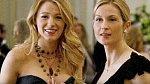 Kelly Rutherford - Tato herečka si zahrála matku dospívající dívky v seriálu Gossip Girl. Když ve 40 letech otěhotněla, nehodilo se producentům její těhotenství přenést i do seriálu. Kelly si tedy bříško maskovala, jak jen to šlo.