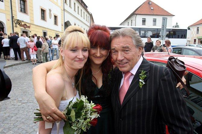 Karel Gott s dcerou Lucií a její matkou