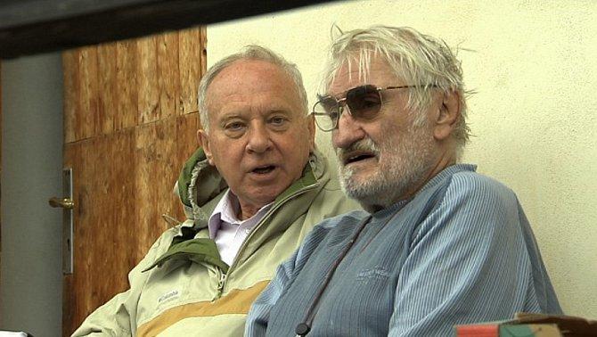 Vladimír Pucholt a Pavel Landovský v dokumentu Hoteliér