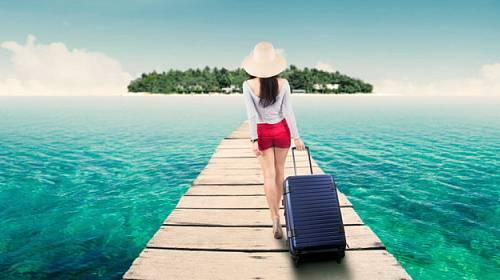 Co si zabalit na dovolenou k moři s vaším drahým