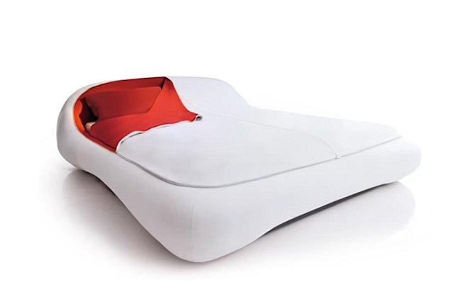 Koho nebaví po ránu stlaní, nechť si pořídí tuto postel.