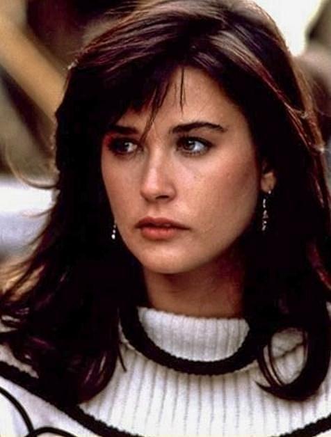 19 let - Demi Moore stanula poprvé před kamerou v roce 1981 v drama Choices