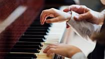 Ilustrační foto - Vyčistí zašlé klávesy na klavíru