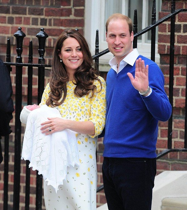 Kate, William a princezna Charlotte.