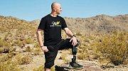 Anthonymu museli lékaři amputovat nohu. On nyní ale pomáhá mnoha jiným vojákům.