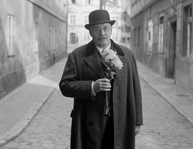 Jan Pivec ve snímku Příběh dušičkový