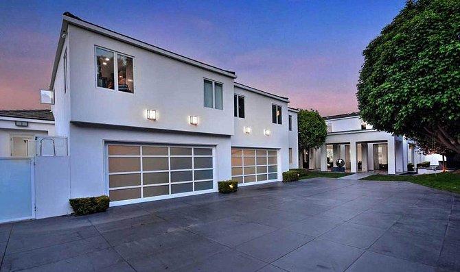 Gwen Stefani prodává dům v Hollywoodu za 25 milionů dolarů.