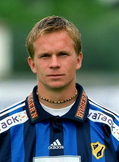 Tobias Linderoth, švédský fotbalový záložník
