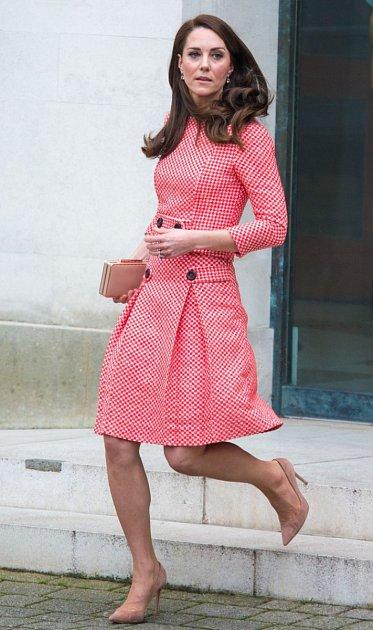 Kate Middleton má už tři děti, George, Charlotte a Louise.