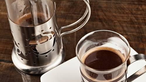 Frenchpress: Pomocník k přípravě dokonalé kávy