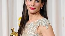 Sandra Bullock získala Oscara i Zlatou malinu.