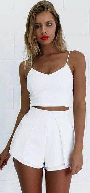Bílé oblečení nebo oblečení z hedvábí - po každém použití